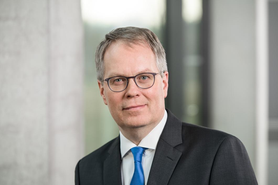 <b>Ulrich Panne</b>, Präsident der Bundesanstalt - interview-praesident-1