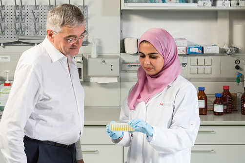 Dr. Rudolf Schneider's and Nahla Abdel Shafi's laboratory investigations rely on a proven test system using antibodies, i.e. immunoassays.