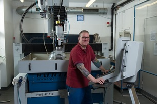 Harald Götsch at the water jet cutter