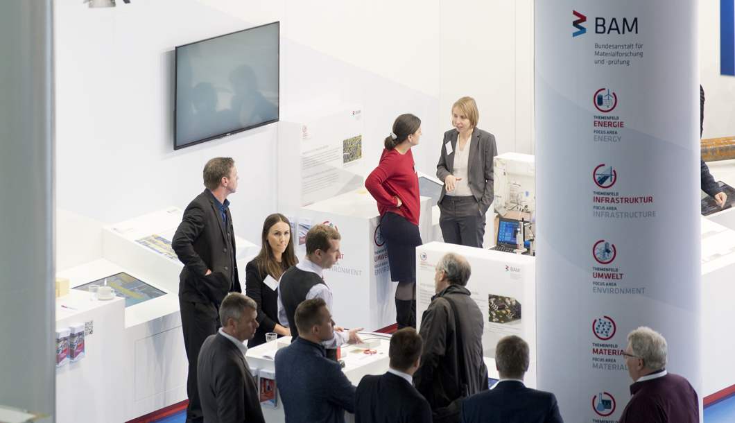 On the opening day of Hannover Messe, there was already lots of interest in the BAM exhibits.