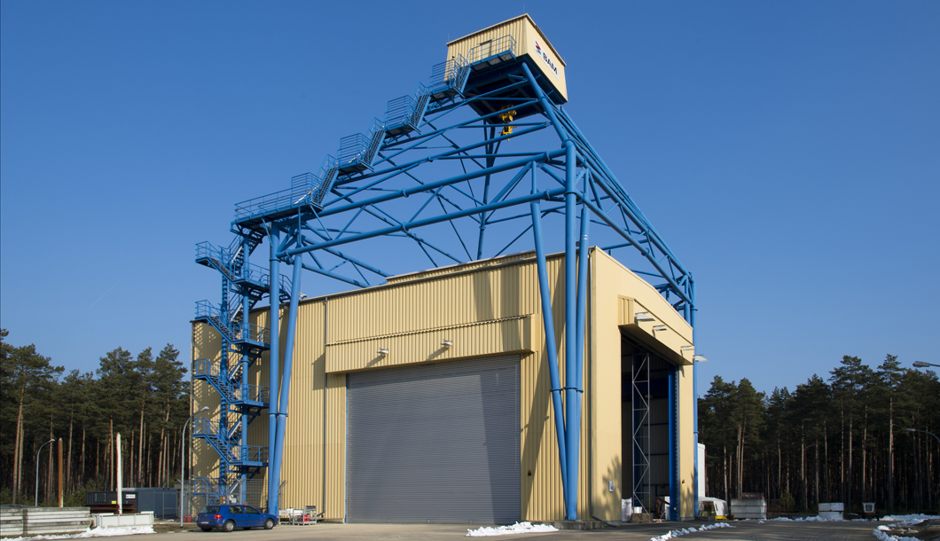 Drop impact test facility at the test site