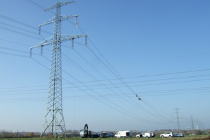 Overhead transmission line for the measurement of real loadings on high-voltage conductors