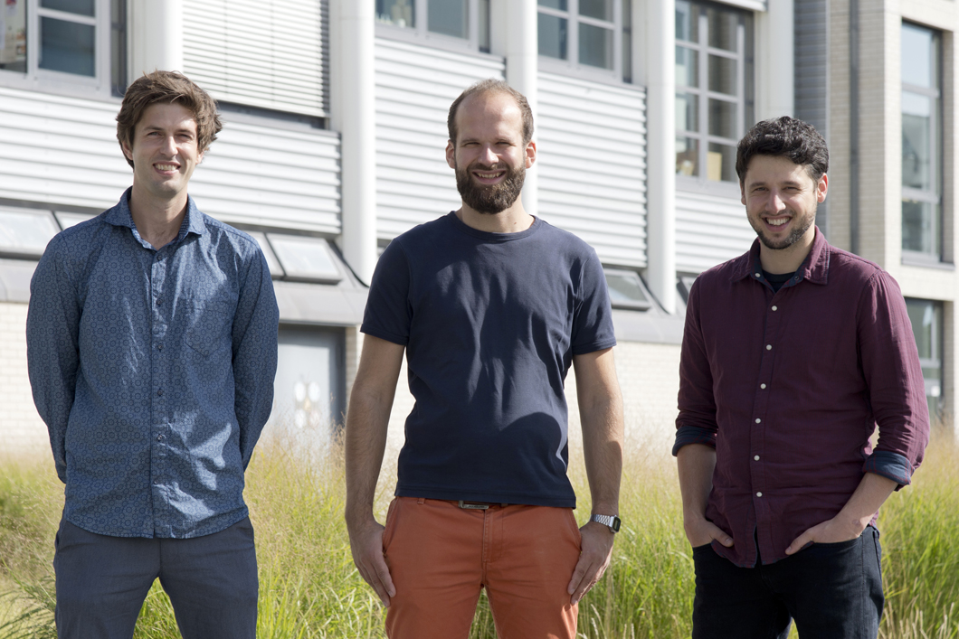 The founder team Oliver Reimann, Robert Zitterbart und Dominik Sarma (from left to right) at BAM Campus.