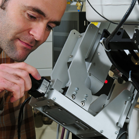 Dr. Vasile-Dan Hodoroaba with a scanning electron microscope