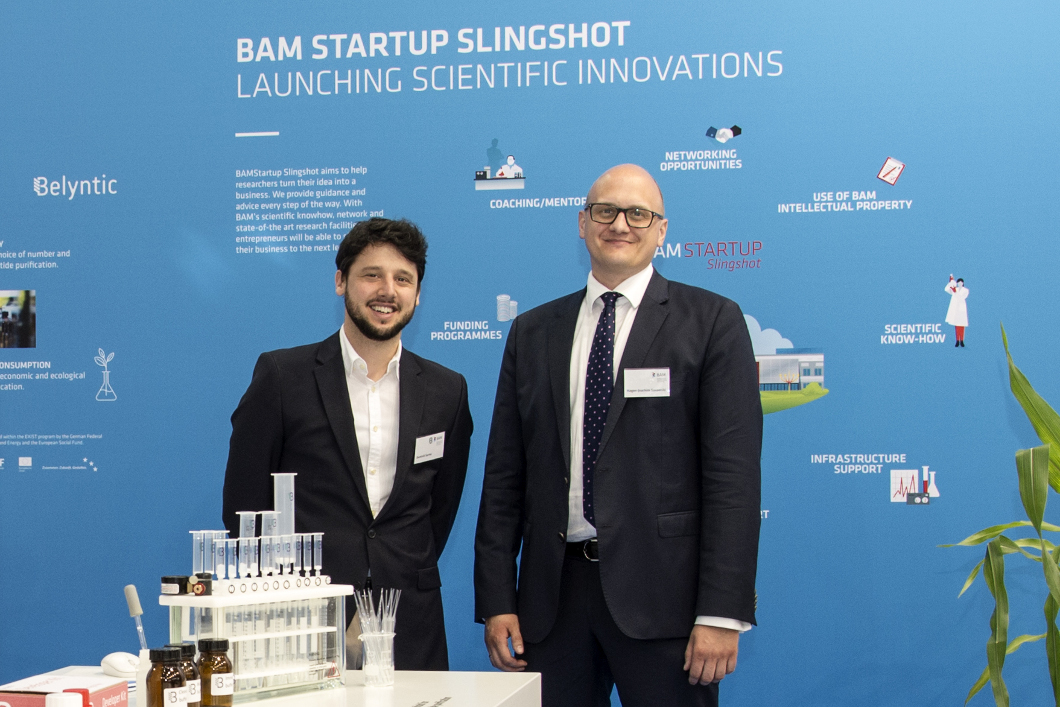 The initiative BAMStartup Slingshot presented at Hannover Messe 2018